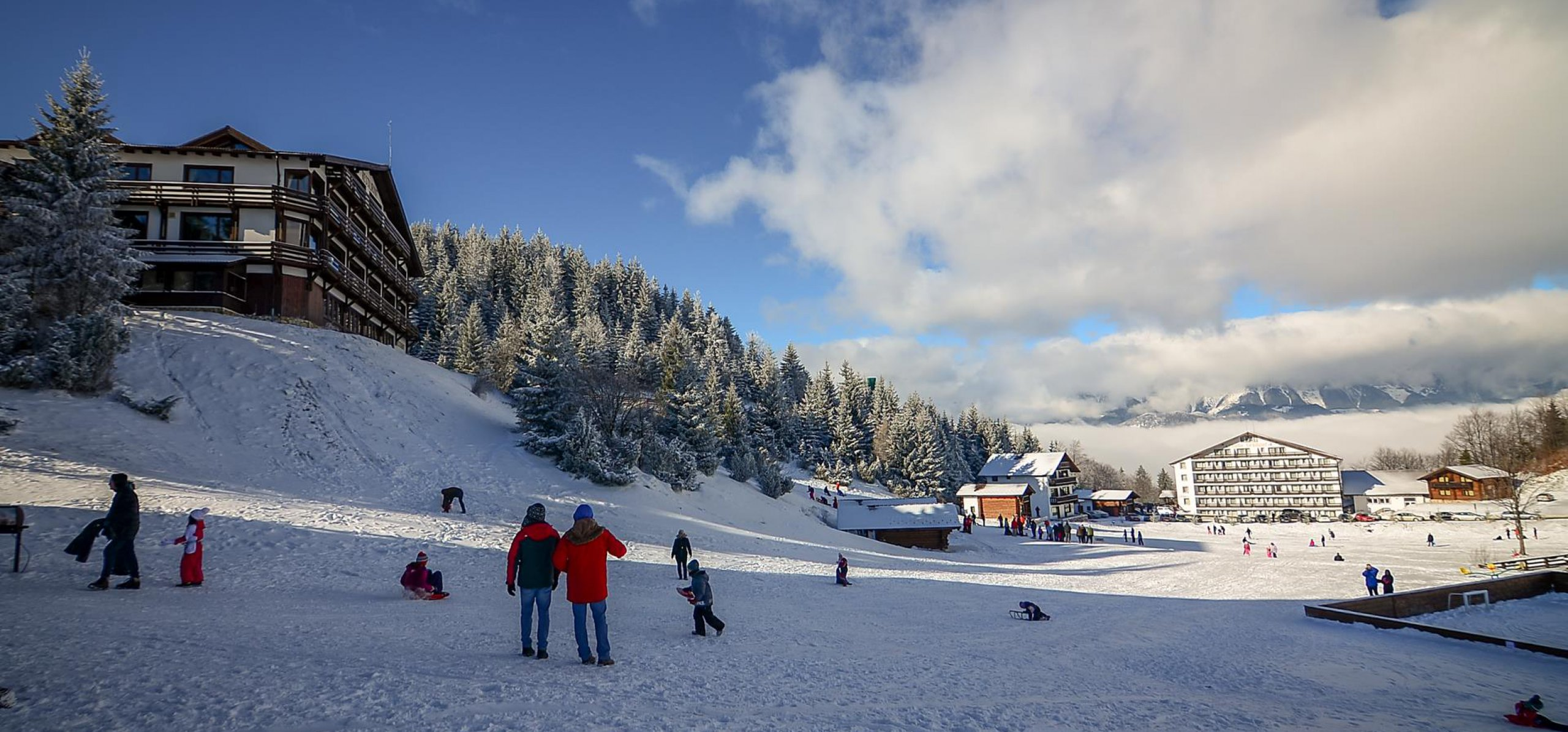 kids-instructor-winter-sports-2