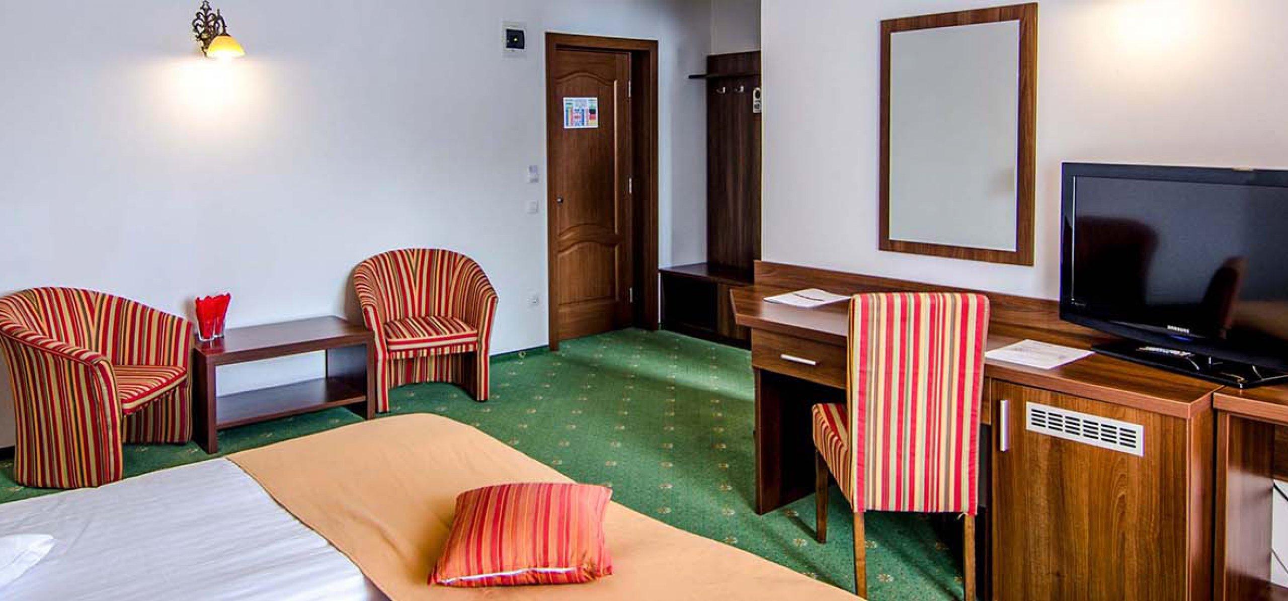 camera-twin-intim-hotel-piatra-craiului