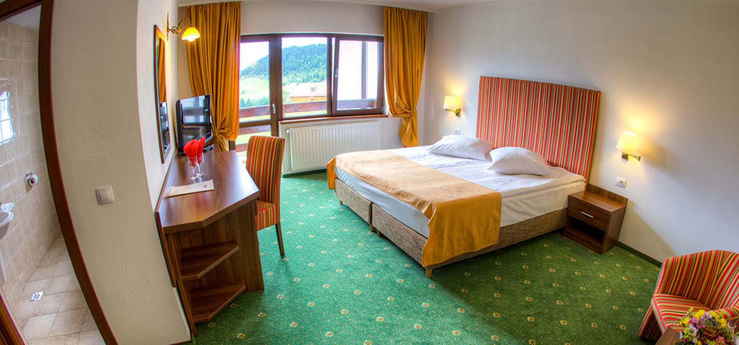 camera-dubla-matrimoniala-vedere montana-hotel-piatra-craiului