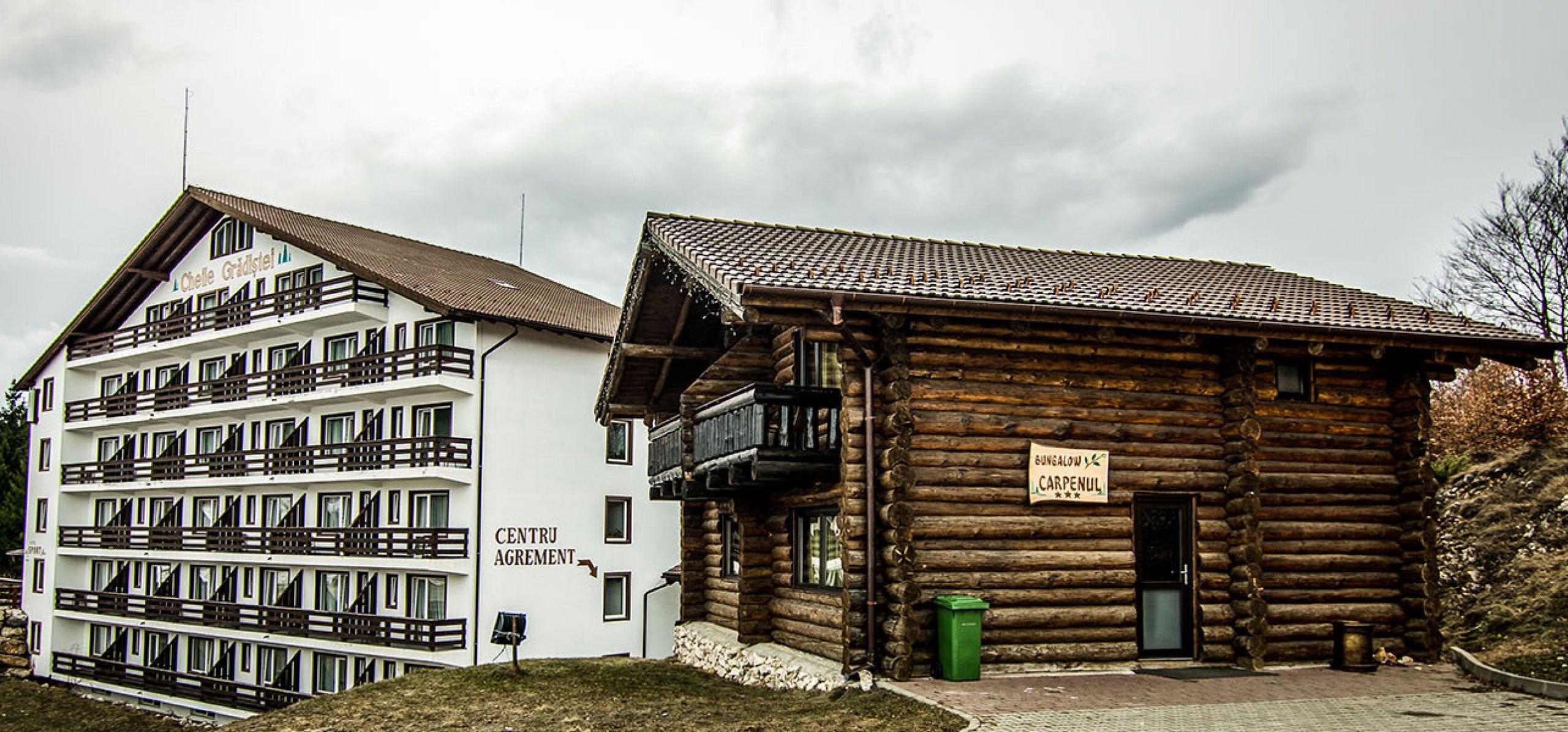 vila-carpenul-prezentare-cheile-cazare-cheile-gradistei-fundata