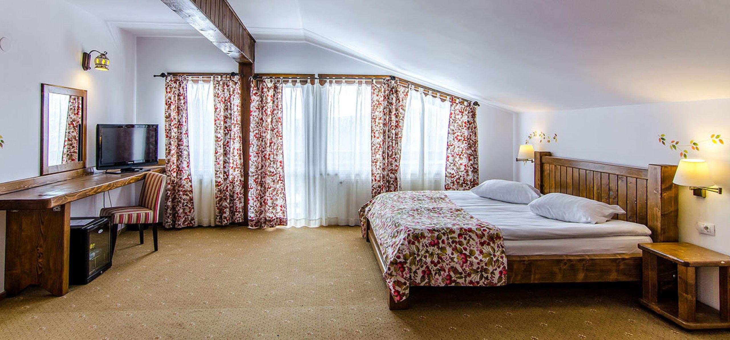 suita-1-camera-spatioasa-hotel-bucegi