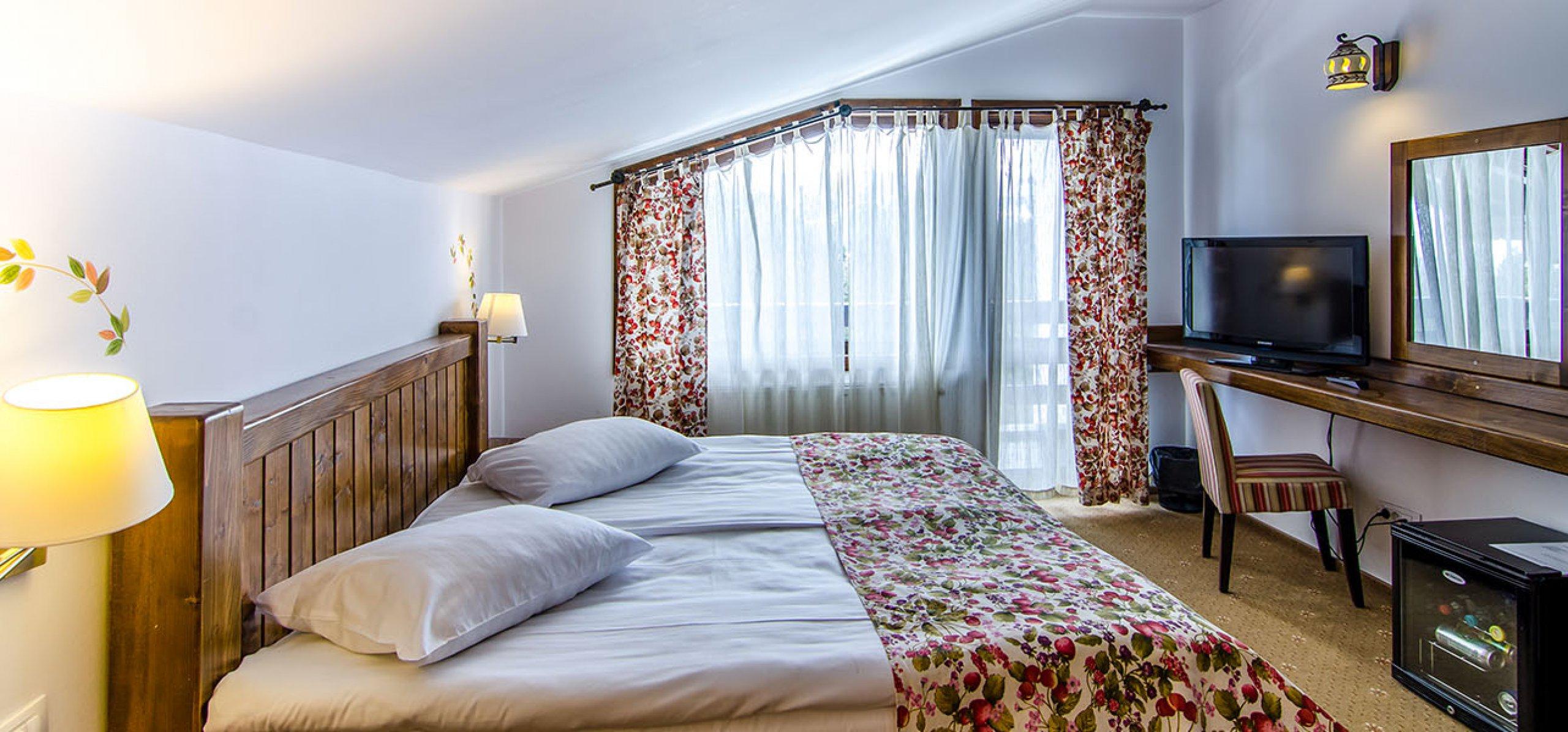 suita-1-camera-vedere-munte-hotel-bucegi