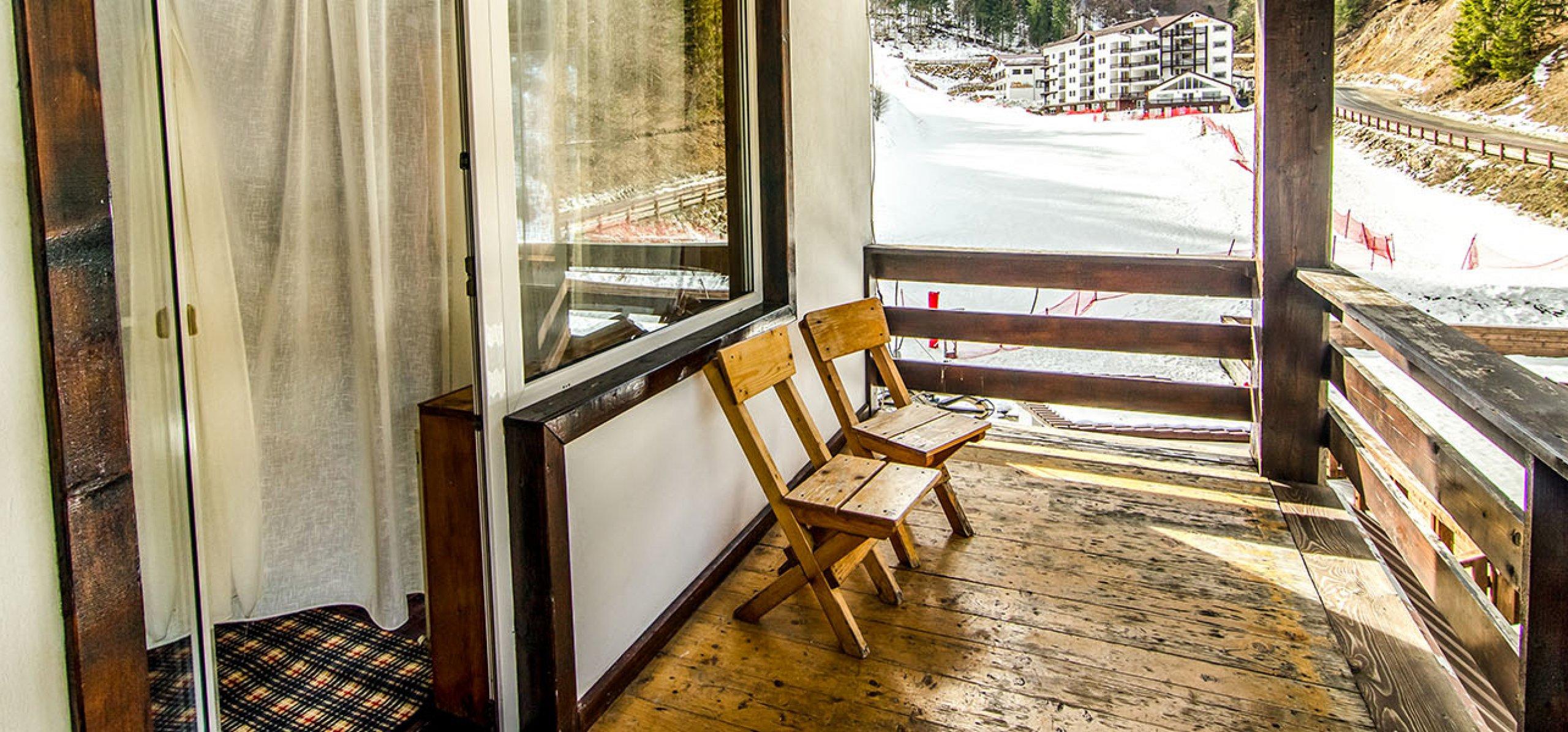 balcon-hotel-cheia-hoteluri-moeciu